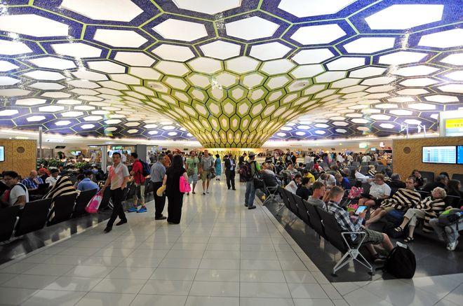Терминал международного аэропорта Абу-Даби