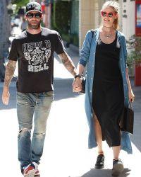 37-летний Адам Левин и 27-летняя Бехати Принслу стали родителями 21 сентября