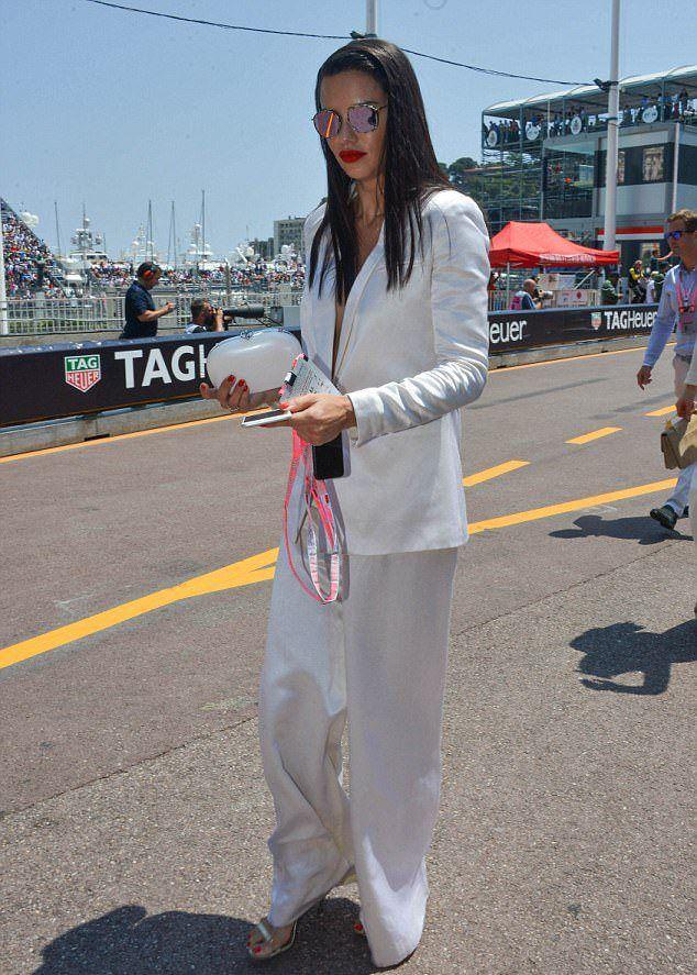 Адриана Лима на Гран-при Формулы-1
