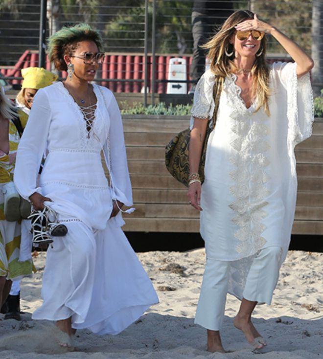 Хайди Клум с Мел Би на пляже