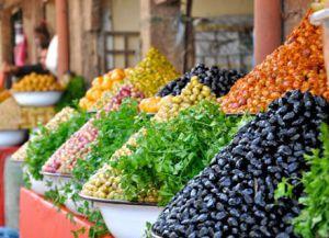 Рынки Агадира пестрят фруктами, овощами и зеленью