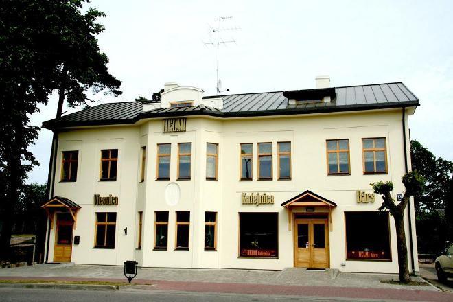Отель Helmi