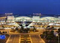 Larnaca International Airport - главный аэропорт Кипра