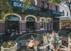 Ресторан Six Degrees