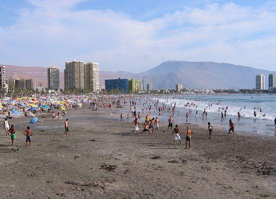Икике - город с многочисленными длинными пляжами