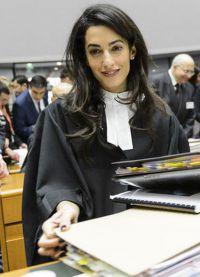 Амаль Клуни в суде