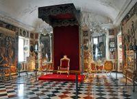Тронный зал в особняке Кристиана VII