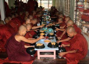 Достопримечательность Амаяпуя – монастырь Маха-Гандхаён Чьяун