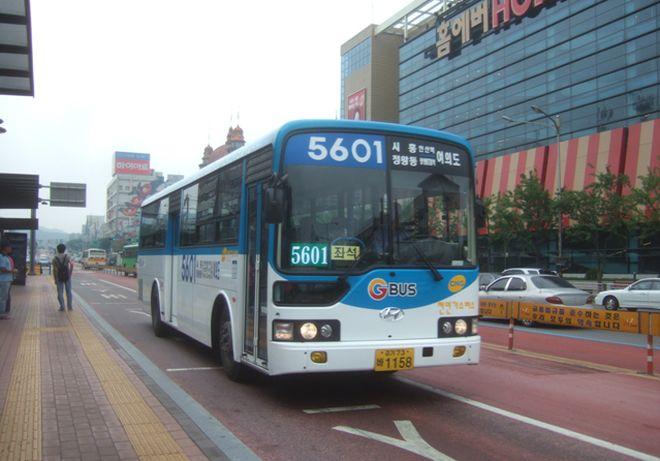 Автобус в Ансане