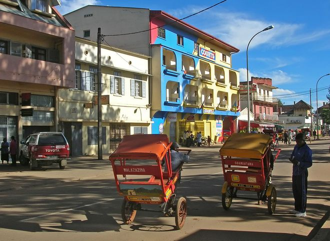 Рикши (pousse-pousse) в Анцирабе
