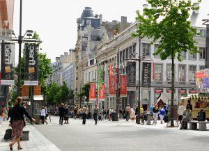 Улица Meir - шоппинг-центр Антверпена