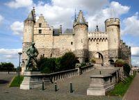 Замок Het Steen