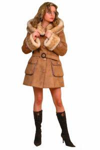 Sztuczny płaszcz z owczej skóry 1
