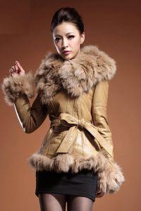 Sztuczny płaszcz z owczej skóry 2
