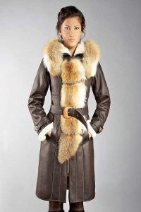 Sztuczny płaszcz z owczej skóry 3