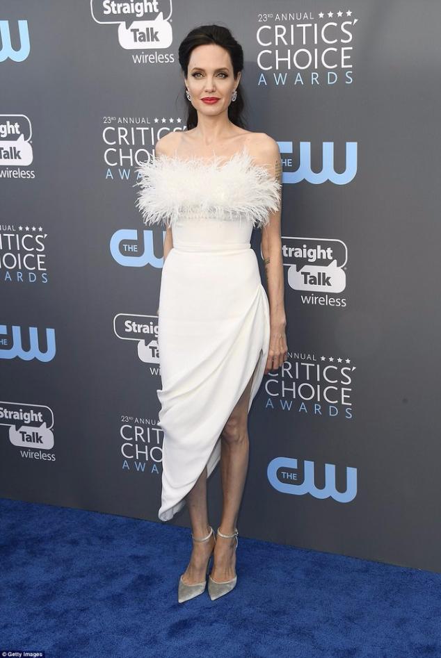 Анджелина Джоли на Critics' Choice Awards 2018