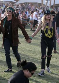 Эшли и Тайлер на фестивале Coachella