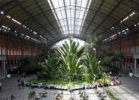 Ботанический сад посредине вокзала
