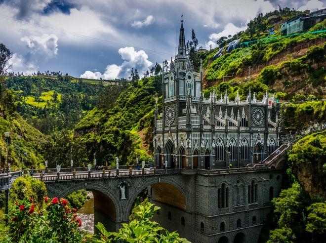 Церковь Лас-Лахас в Ипиалесе, Колумбия