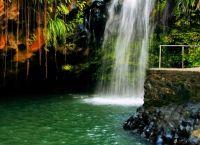 Каскад водопадов в Гренаде