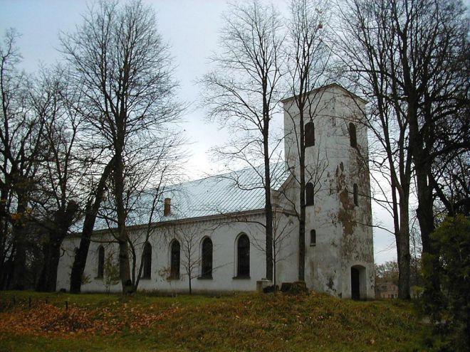Церковь Ауце