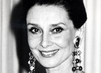 Audrey Hepburn u starosti 7