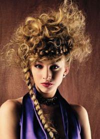 Авантгардни стил у фризури 4