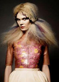 Авангардни стил у фризури 5