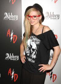 Avril Lavigne stil 4