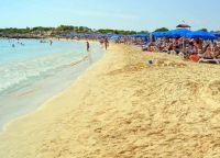 Пляж Макронисос