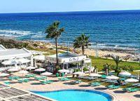 Отель Piere Anne Beach