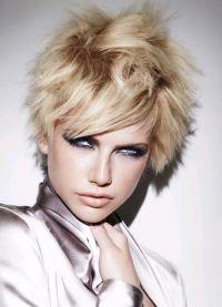 barvanje balaja na kratkih lasih 1