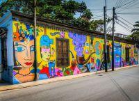 Граффити на стенах в Барранко