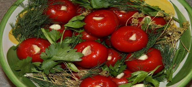 Polnjeni paradižnik