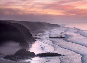 Живописные закаты на пляже Легзира