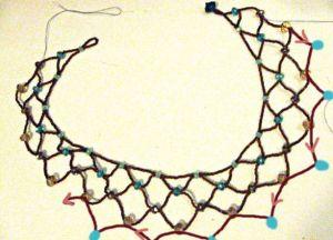 Naszyjnik z koralików własnych rąk75