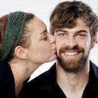 zašto muškarci rastu bradu