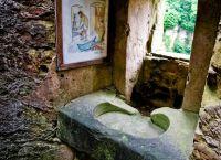 Умывальник в старом замке