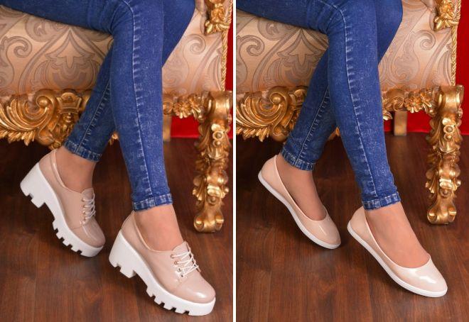 бежевые лакированные туфли