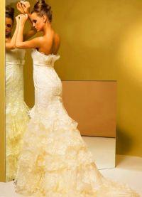 sukienki beżowe 9