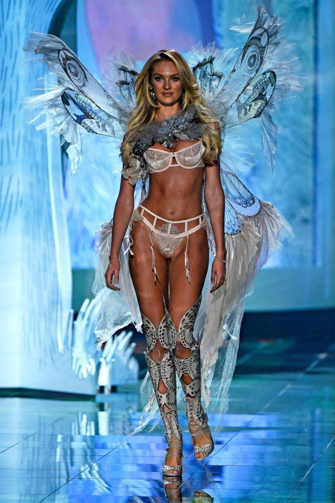 Кэндис Свейнпол на показе Victoria's Secret-2014