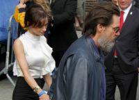 Джим Керри и Кэтриона Уайт уходят со светского мероприятия