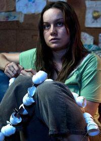 роль в драме Комната стала первой серьезной в карьере актрисы