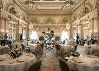 Ресторан Louis XV (Людовик XV) изнутри
