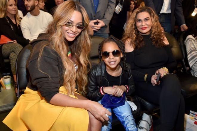 Бейонсе с дочерью Блу Айви и мамой Тиной Ноулз