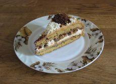 колач од кекса са кремастом протеином