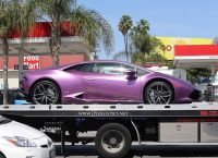 Фиолетовый Lamborghini – дорогой подарок от Роберта