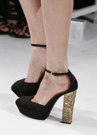 crne sandale s debelim potpeticama4