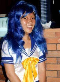 niebieska peruka 23