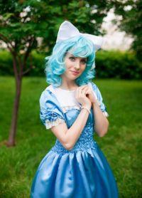 niebieska peruka 9